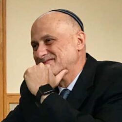 Rabbi Mo Square